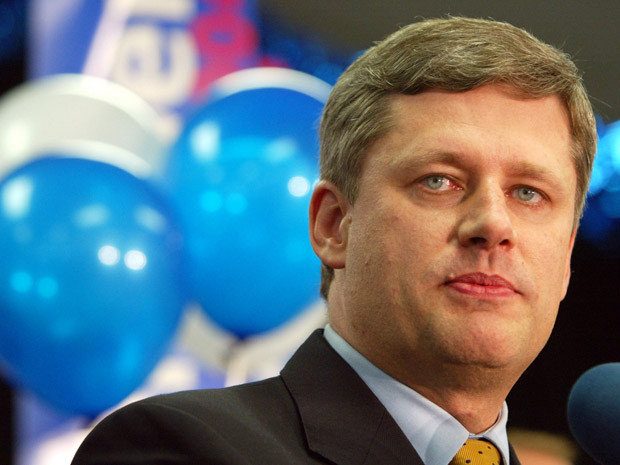 Stephen-Harper-campaigning-in-2004