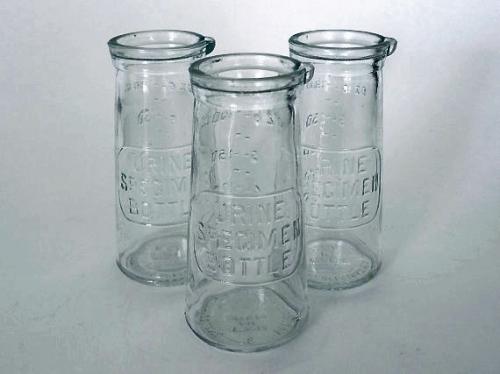 urine-bottles
